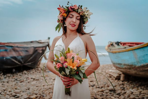 Novia en la playa, fotografía de bodas