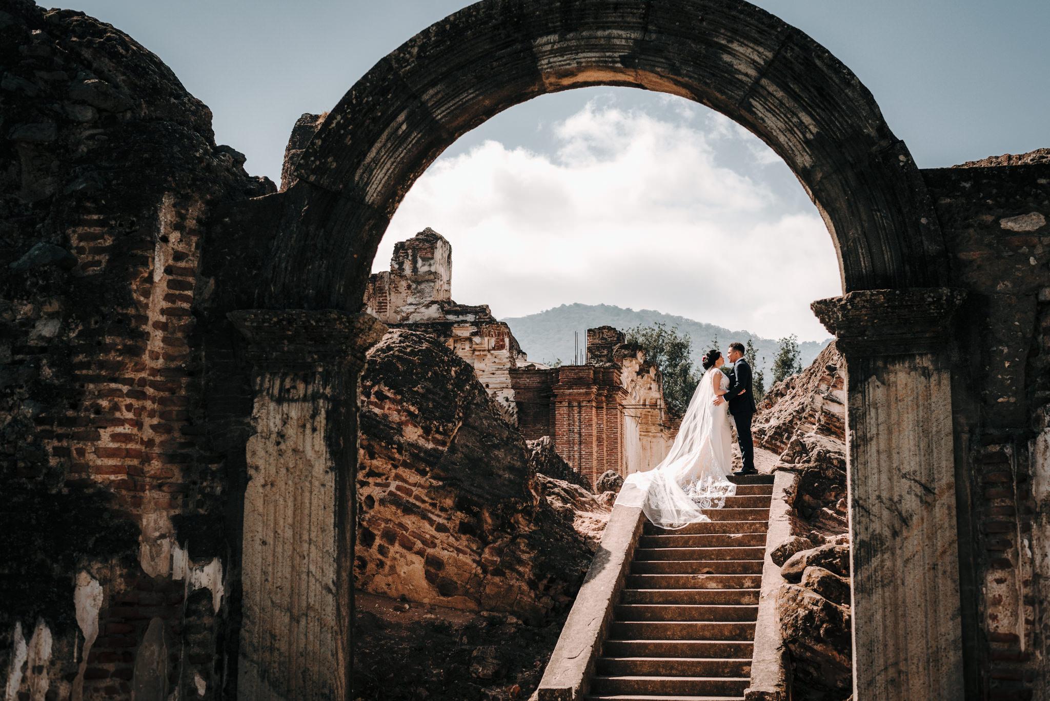 Boda en Antigua Guatemala, Santa Clara – Ronnie y Jess